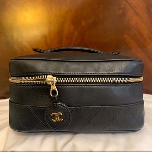 Chanel Leather Vanity Bag Cosmetic Toiletry Case